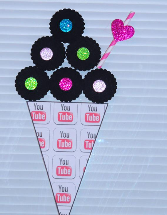 Free Youtube Birthday Party Printables- Ice Cream Cone with Straw
